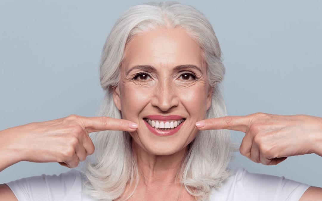 Ejemplo de prótesis dental La Línea   Clínica Dental Smile Center