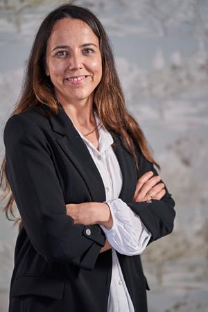 Doctora Laura López, Dentista en La Línea, Algeciras, Campo de Gibraltar