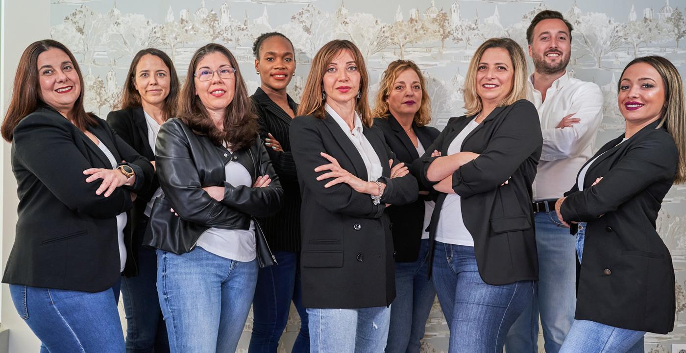 Equipo de profesionales de la Clínica Dental Smile Center, La Línea, Algeciras, Campo de Gibraltar